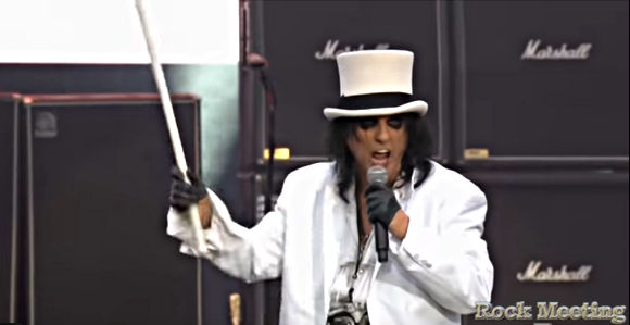 alice cooper la video du concert complet au fire fight australia