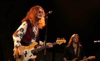glenn hughes performs classic deep purple le 6 novembre a paris 03